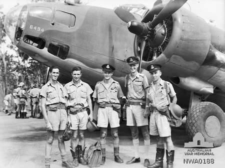 23-aug-42-2_Squadron_RAAF_Hudson_aircrew_Hughes_NT_Mar_1943_AWM_NWA0188
